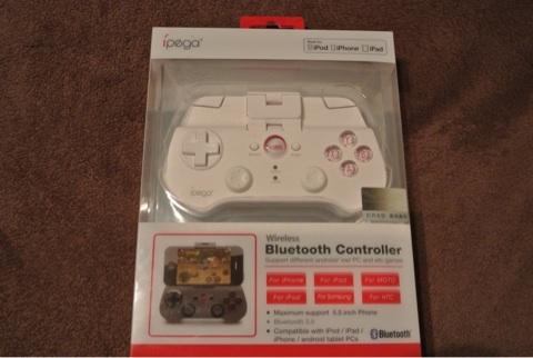 Bluetoothのコントローラーを買いました。