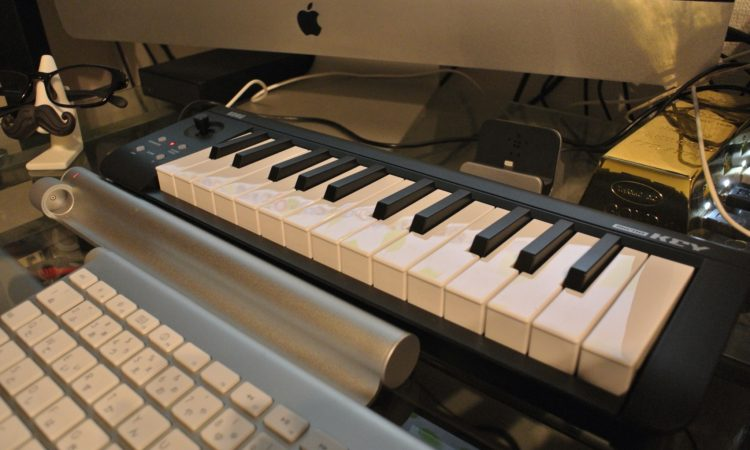 【MIDIキーボード】KORG microKey-25を買いました。