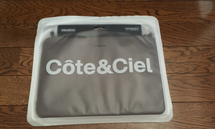 【Cote&Ciel】 Diver Sleeve for MacBook Air を買いました。