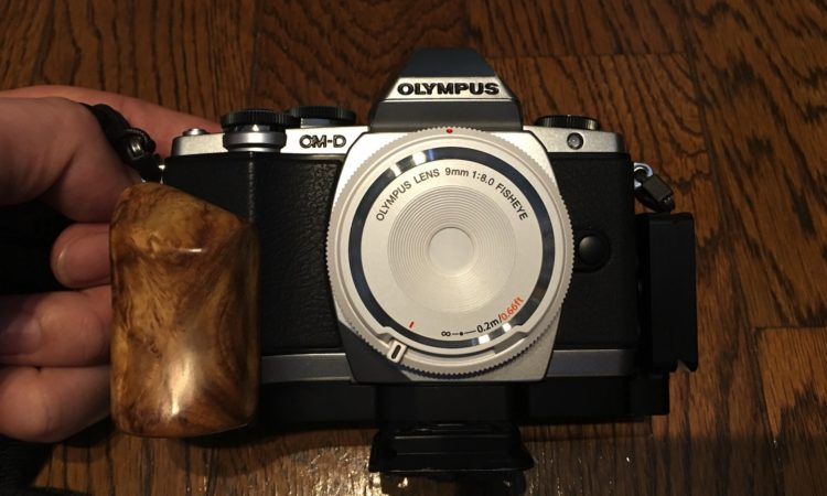 【焦点工房】木製グリップにキャプチャーカメラクリップを足し算しました。
